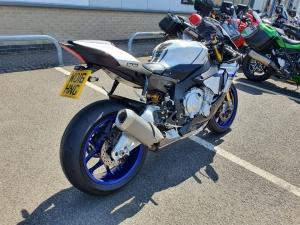 Yamaha YZF-R1-M