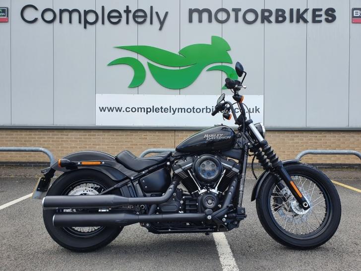 Harley-Davidson SOFTAIL FXBB STREET BOB