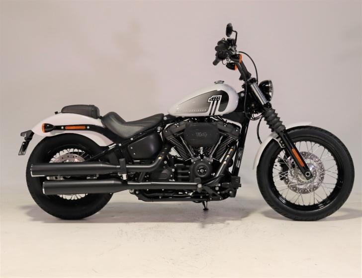 Harley-Davidson SOFTAIL FXBBS STREET BOB 114