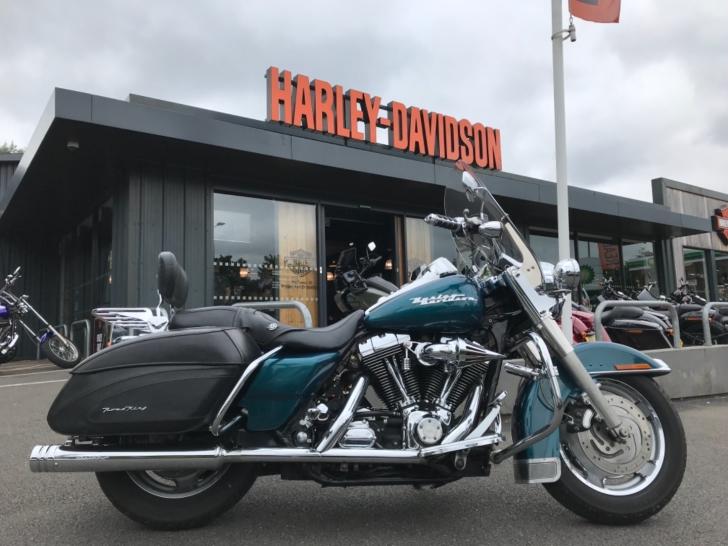 Harley-Davidson TOURING FLHRS ROAD KING CUSTOM