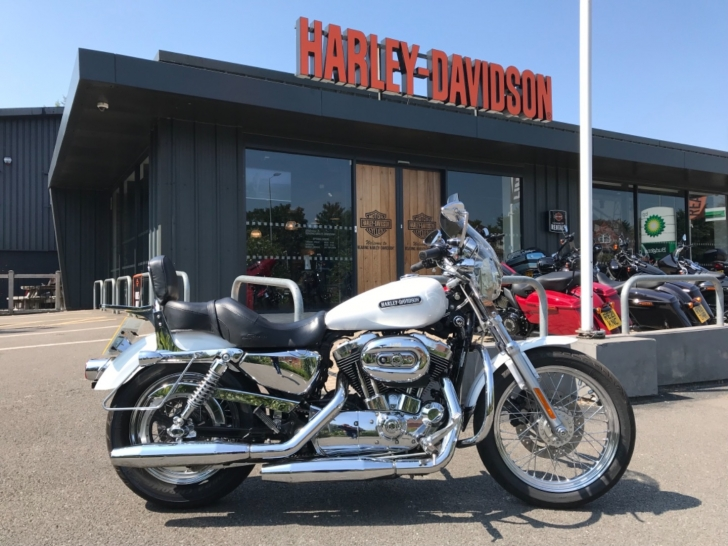 Harley-Davidson SPORTSTER XL1200L LOW