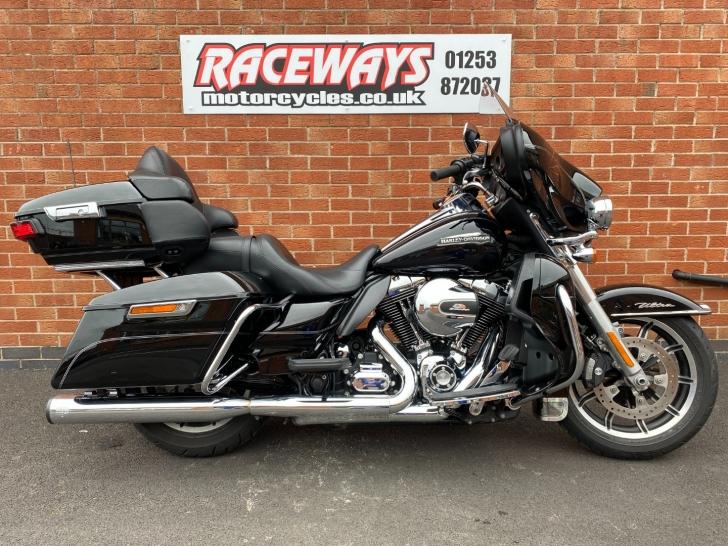 Harley-Davidson TOURING FLHTCU ELECTRA GLIDE ULTRA CLASSIC