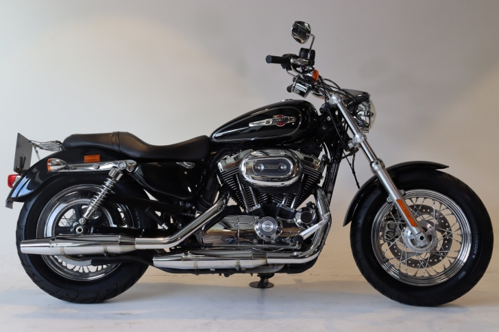 Harley-Davidson SPORTSTER XL1200C CUSTOM