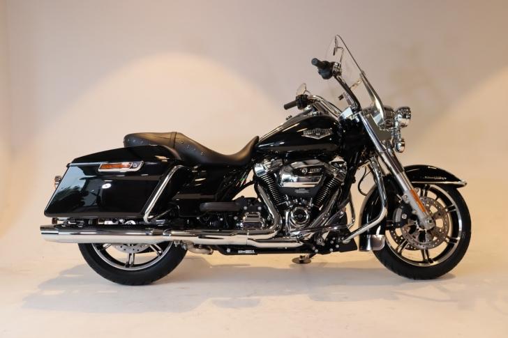 Harley-Davidson TOURING FLHR ROAD KING