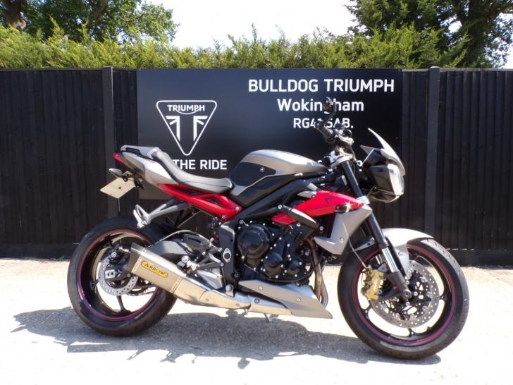 Triumph STREET TRIPLE 675 R ABS