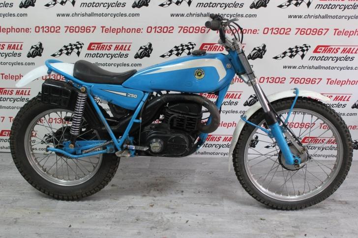 Bultaco Sherpa T250