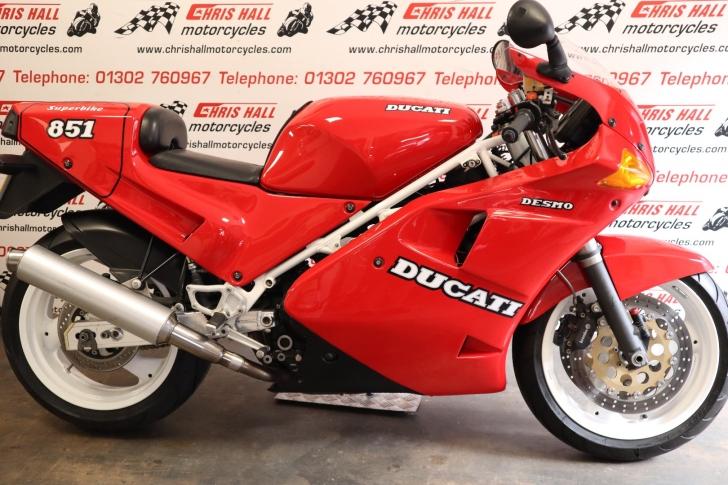 Ducati 851